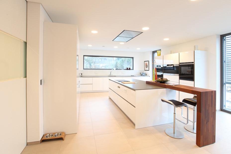 wohnzimmer bauhausstil. Black Bedroom Furniture Sets. Home Design Ideas